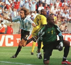Название: Argentina-vs-Jamaica-Mundial_OLEIMA20131024_0141_8-300x274.jpg Просмотров: 92  Размер: 32.5 Кб