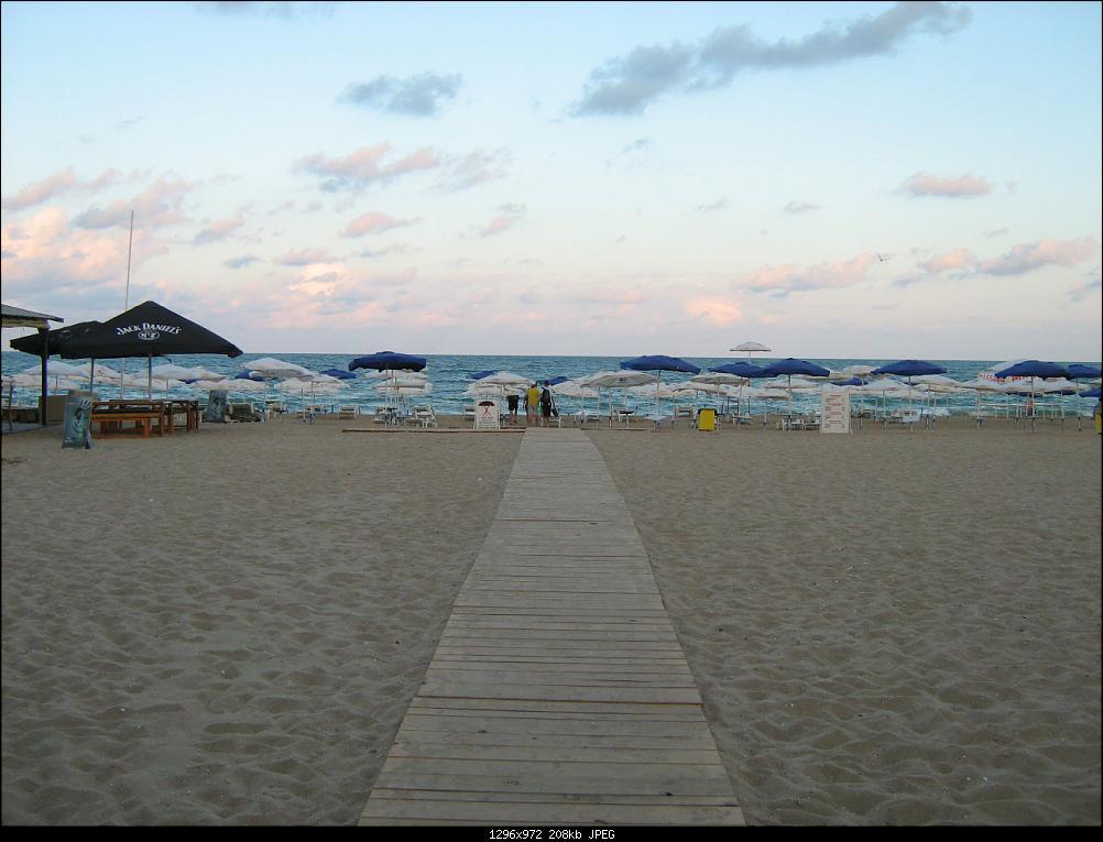 Нажмите на изображение для увеличения Название: beach_1.JPG Просмотров: 198 Размер:208.0 Кб ID:80098